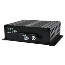 DVR AUTO CU  4 canale video 720P AHD / 960H + 1 x IPC (720P / 1080P)