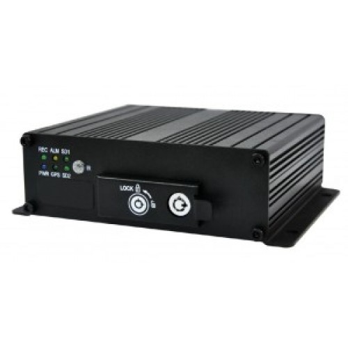 DVR AUTO CU  4 canale video D1 Real Time Recording